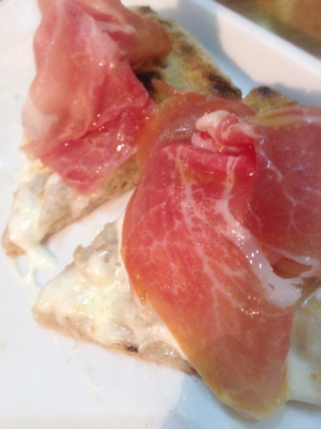 Prosciutto crudo di Parma 18 mesi, squacquerone, scorze d'arancia, fiordilatte
