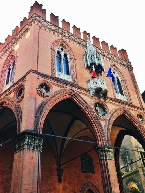 Palazzo Della Mercanzia - Bologna