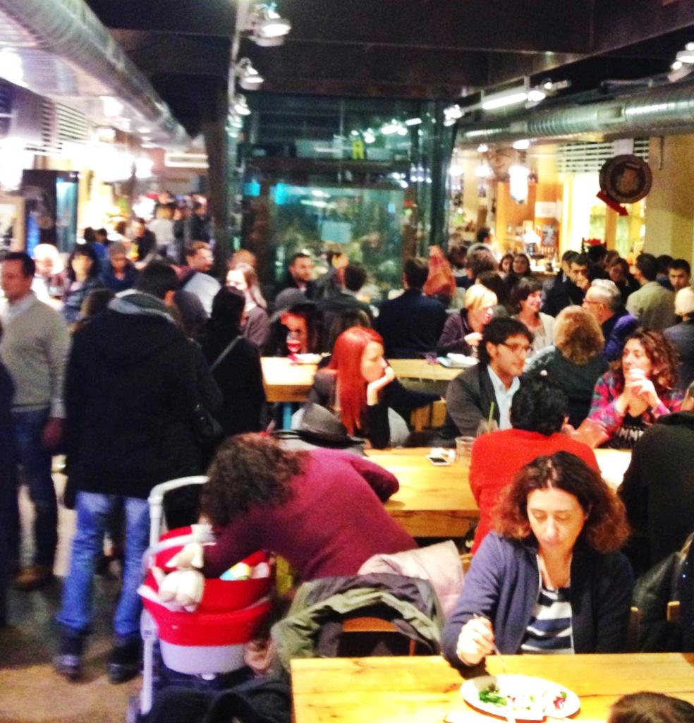 Mercato di Mezzo: uma praça de alimentação diferente (Foto: Simone Tortini)
