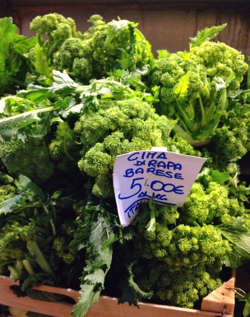 Cime di rapa: o primo do brócolis que vem da Puglia