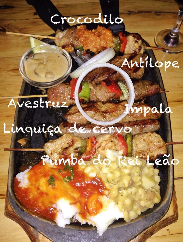Mix de carnes de caça grelhadas, no Mama Africa (Cape Town)