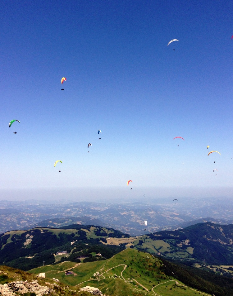 Fugindo do calor: fui pro alto do Montecimone, a 2.165 m...!