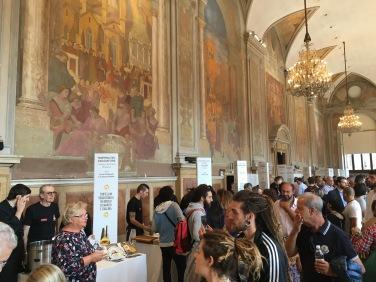 Toda a beleza do Palazzo Re Enzo